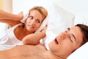 fotolia 41470888 300x200 - Schnarchen beim Schlafen