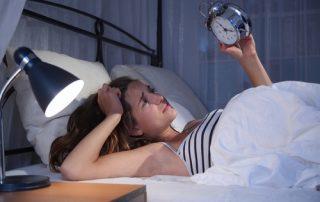 fotolia 78663232 320x202 - Schlafstörungen - zu viel oder zu wenig Schlaf