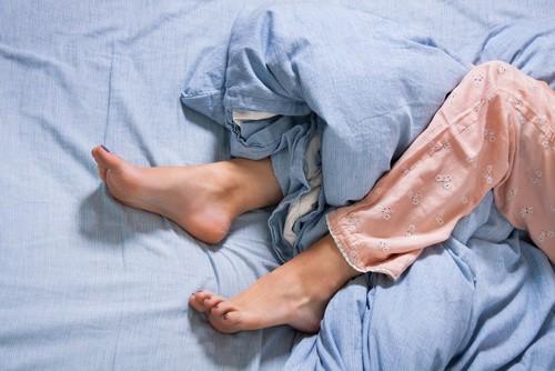 fotolia 84029382 - Das Restless Legs Syndrom (kurz RLS)