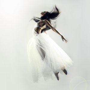 aquabest wasserbetten air matratze siebenschlaf 1 300x300 - Woman in white dress flying on white background